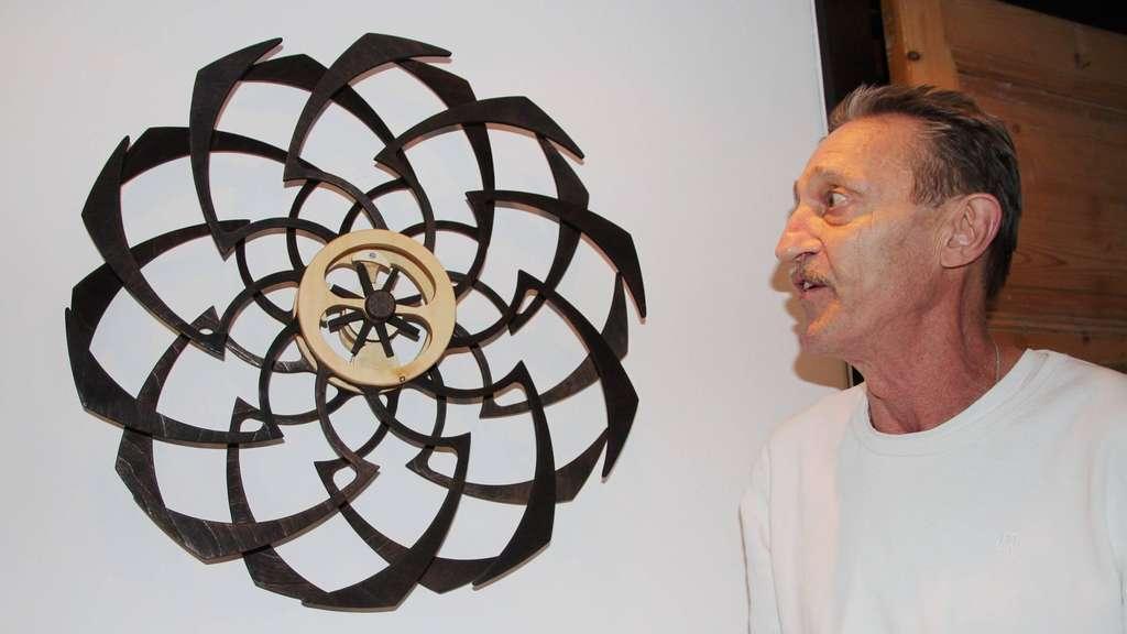Ein Besuch beim Harreshäuser Holzkünstler Martin Fleischmann lohnt sich immer – dank seines anscheinend unerschöpflichen Ideenreichtums.