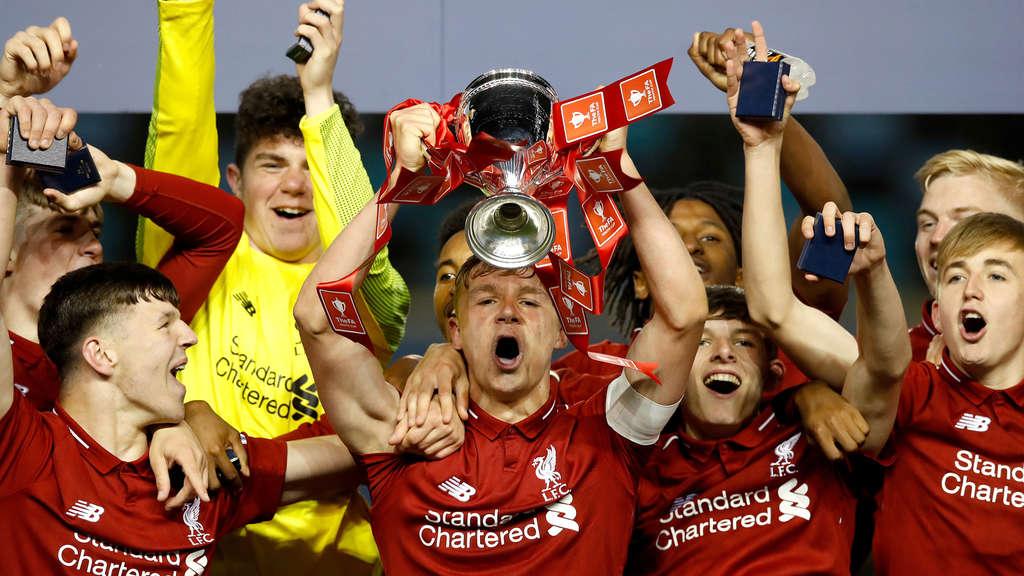 Liverpool Feiert Den Champions League Sieger