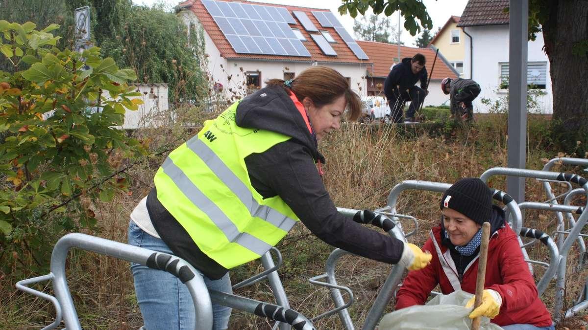 150 freiwillige Helfer sammeln in Babenhausen kubikmeterweise Müll...