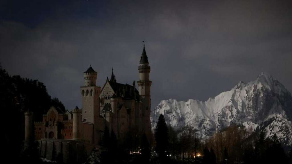 Earth Hour - Neuschwanstein