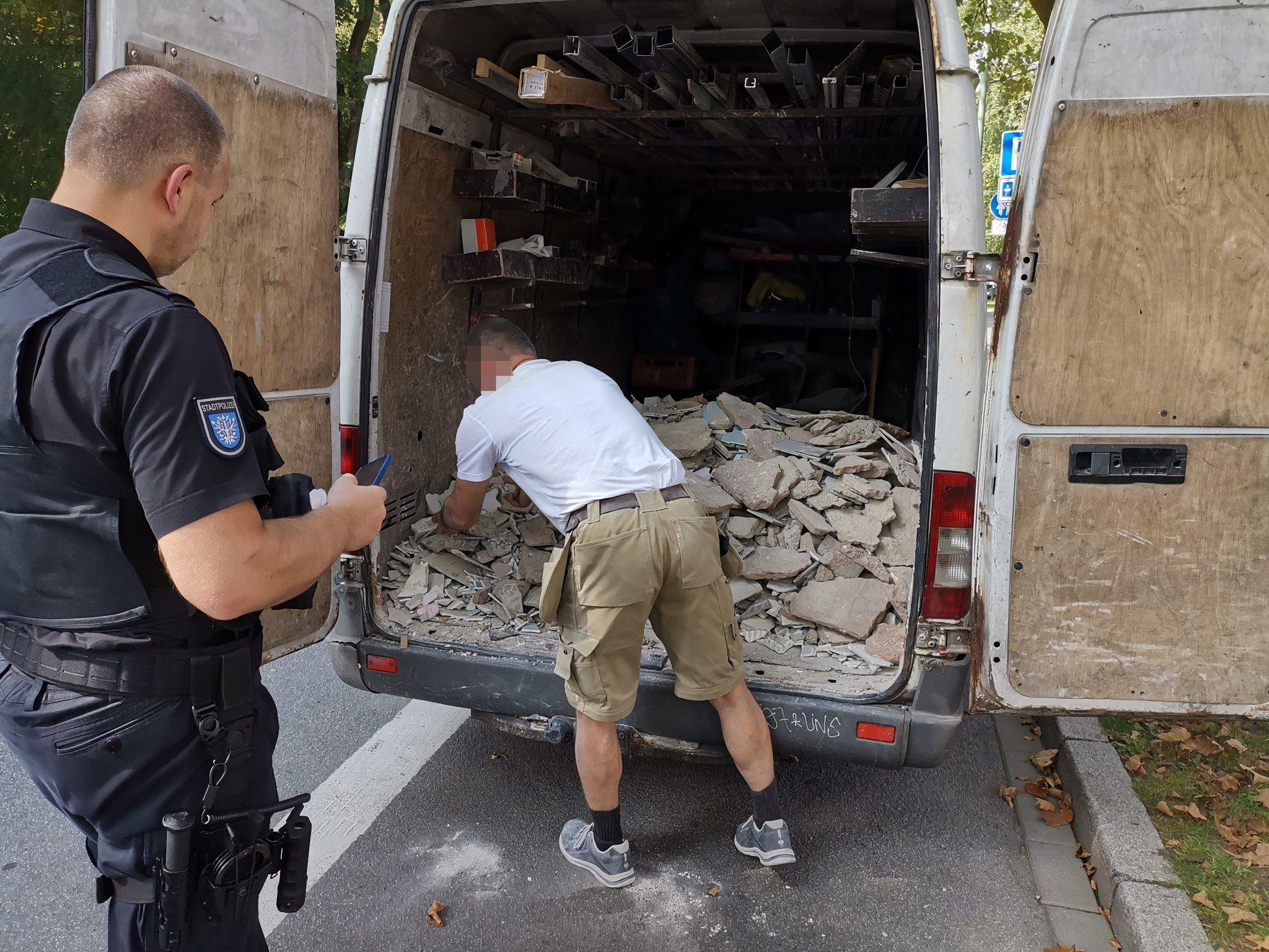 Auf Streife mit der Stadtpolizei Offenbach: Verkehrskontrolle bis Steuerfahndung
